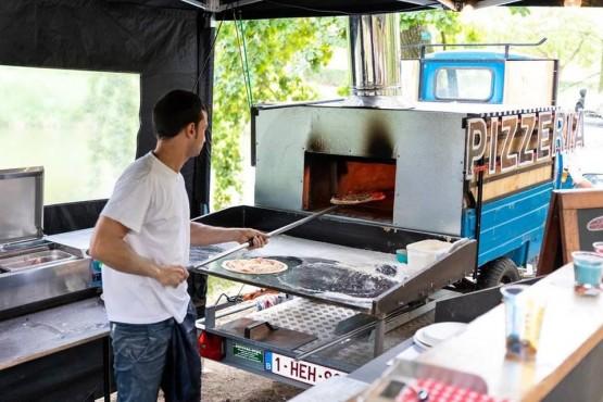 Pizza Foodtruck Foto's