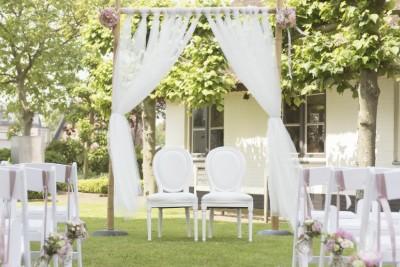 Wit en Weddings