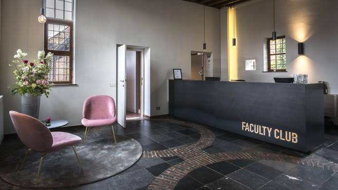 Faculty Club Foto's