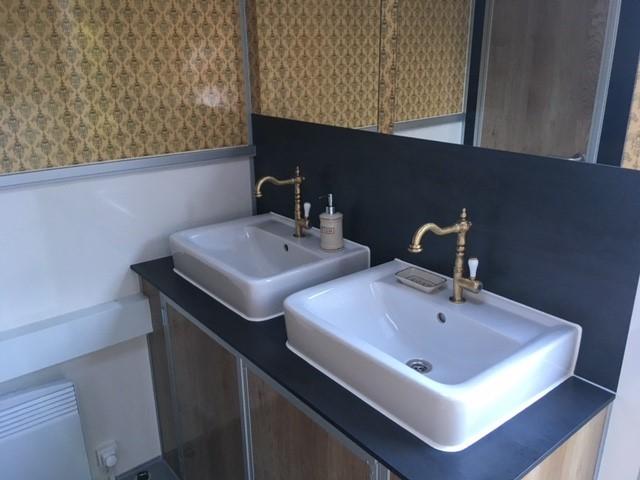 Event toilet u2013 stijlvolle toiletwagens een trend en must have voor